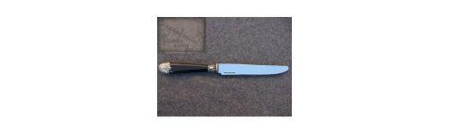 couteaux de table manche ébène